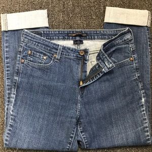 Levi's mid rise skinny cropped jean